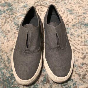 Vince. Slip On Sneaker Sz 6